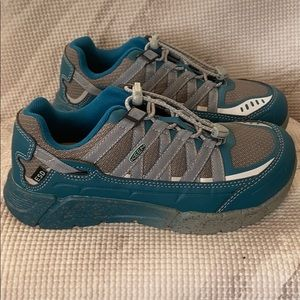 Keen  Women Asheville Aluminum Toe Work Shoes Sz 6